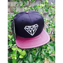 Boné Snapback Diamond Supply