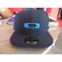 Bone Oakley Azul New Era Snapback 7 5/8 Lançamento