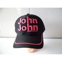 Boné John John Preto Com Rosa Bordados