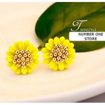 Brinco Flor Folheado Ouro 18k Swarovski Verde Amarelo Branco