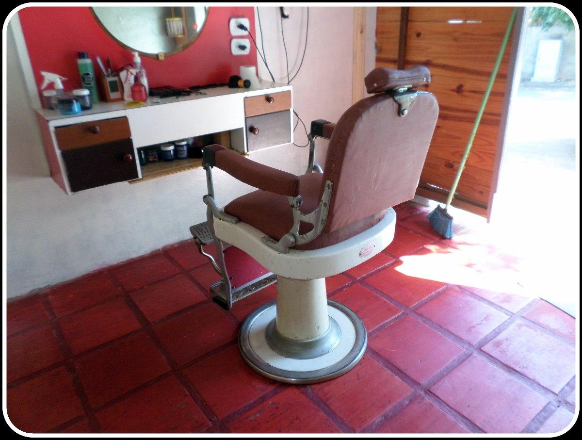 Cadeira De Barbeiro Ferrante Antiga R$ 3.700 00 no MercadoLivre #79302E 1200x907
