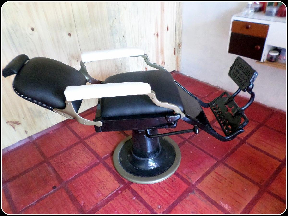 Cadeira De Barbeiro Ferrante Antiga R$ 3.700 00 no MercadoLivre #973446 1200x904