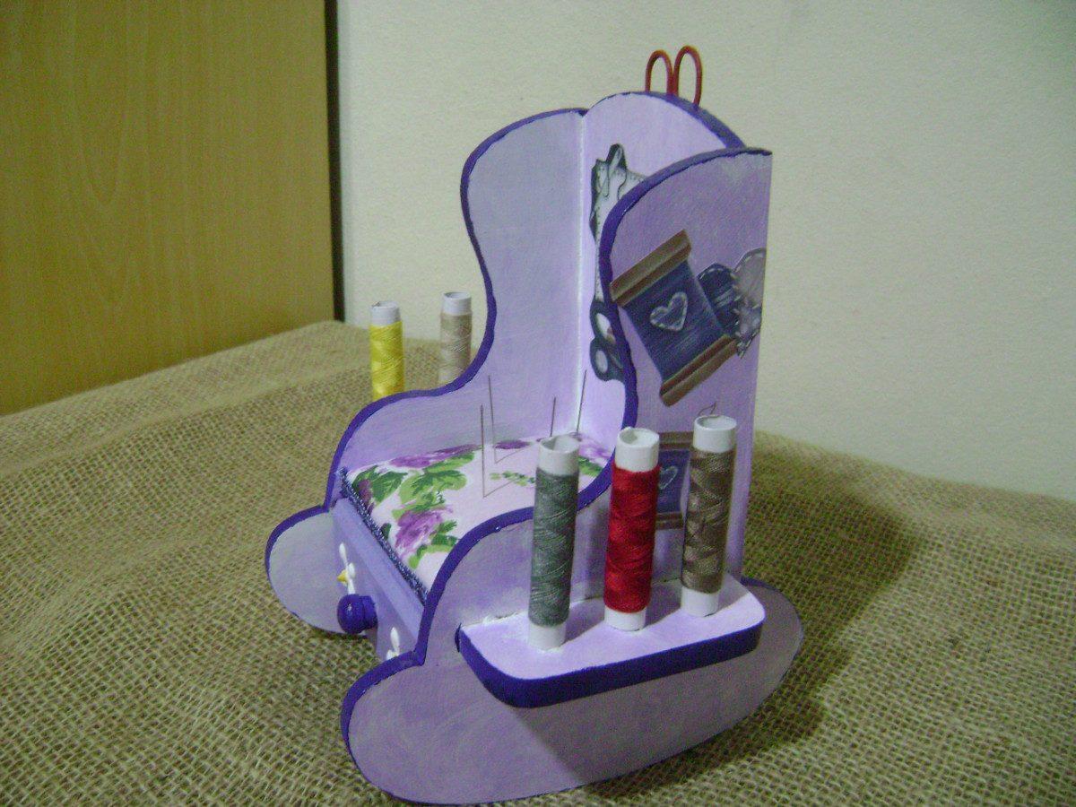 Cadeira De Costura De Balanço Em Mdf Decorada R$ 30 00 no  #633031 1200x900