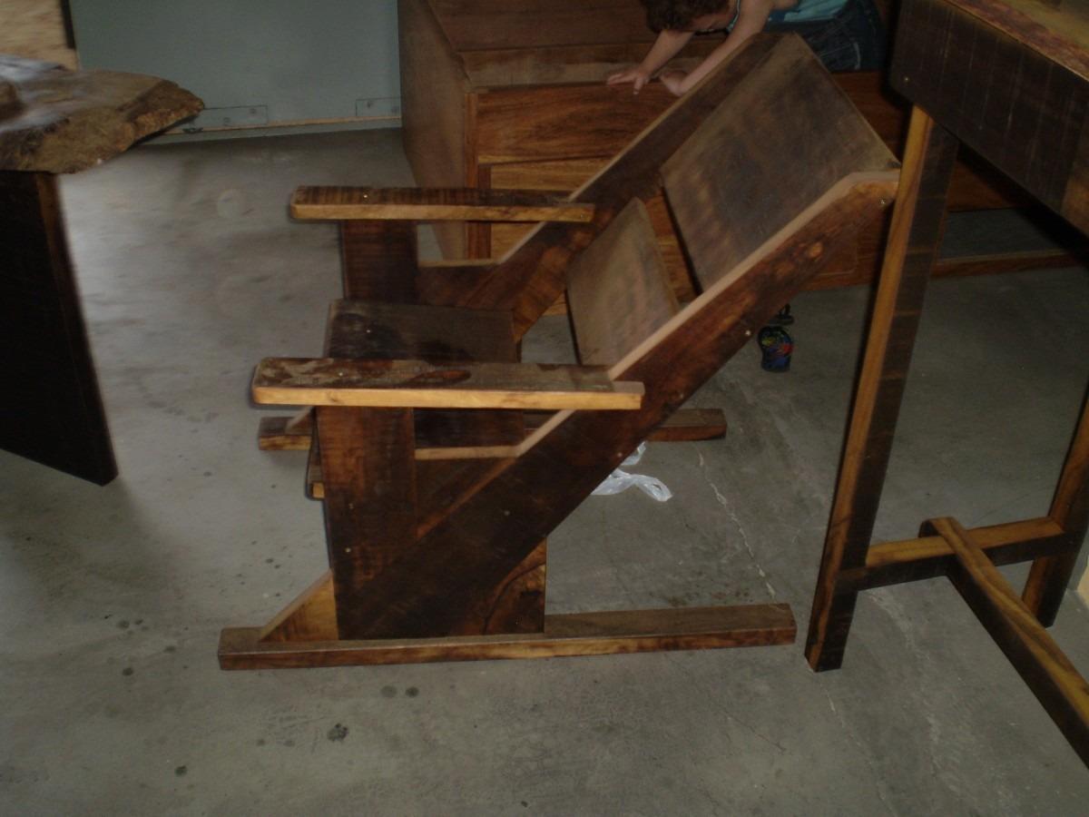 Cadeira De Descanso Rústica R$ 300 00 no MercadoLivre #976D34 1200x900