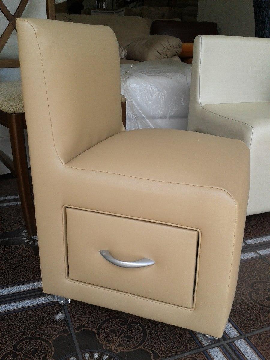 Cadeira De Manicure Para Salão De Beleza - R$ 480,00 no MercadoLivre