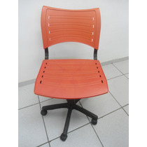 Cadeira Secretária De Propileno Padrão Iso