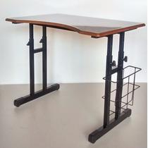 Mesa Escolar Do Cadeirante Com Cesto Lateral Acessibilidade