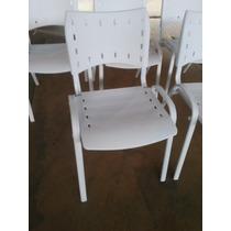 Cadeira Modelo Iso Fixa Empilhavel - Inteira Branca