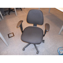 Cadeira Com Rodizio E Regulagem De Altura Apoio Para Braço