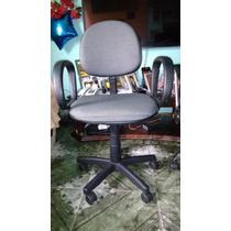 Cadeiras De Escritório Semi-novas.
