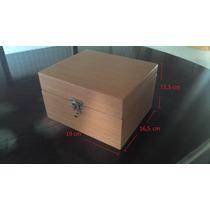 Caixinha De Madeira Envernizada Deck Box