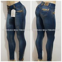 Calça Jeans Pit Bull Com Strass Dourados Com Modela Bumbum !