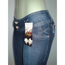 Calça Jeans Femina Taiga Confortável Com Detalhes Nos Bolsos