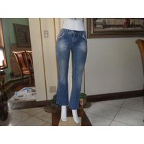 Calça Jeans Feminino Clock Denim C Detalhes Nos Bolços T-42