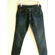 Calvin Klein Jeans - 42