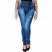 Calça Jeans Sawary Modela Bumbum Com Bojos Sabrina Sato