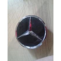Calotinha Centro Roda Mercedes Paralela Preta E Cromado