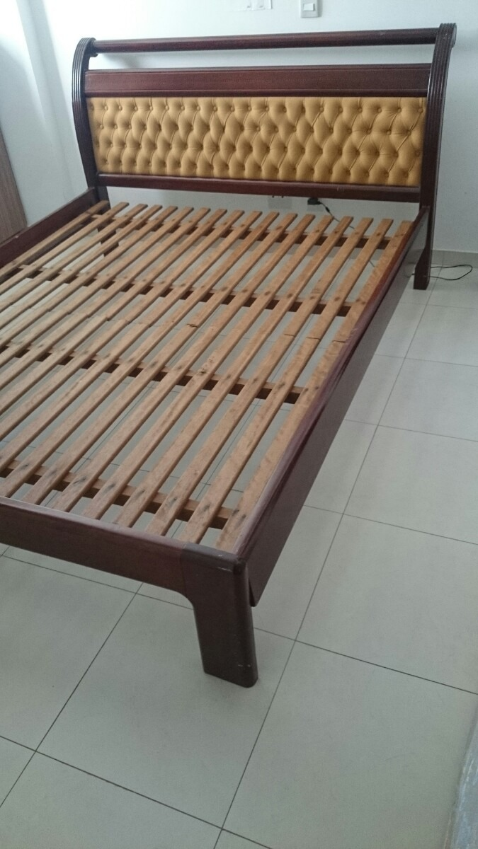Cama casal queen size madeira maci a r 800 00 no for Tipos de camas queen