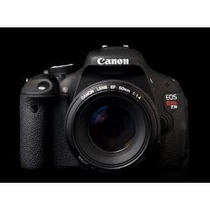 Canon Eos Rebel T3i Camera +lente18-55mm+cartão 8gb Extreme