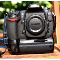 Nikon D300 + Duas Baterias Nikon + Grip Meike 85 Mil Clicks