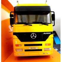 Miniatura Caminhão Mercedes Benz Actros Amarelo 1:32 Welly