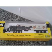 Miniatura Carreta Cat Mural Semi Truck 1/64 Scale Norscot