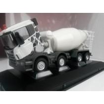 Miniatura Caminhão Scania Betoneira 8x4 Branca 1:50 Na Caixa