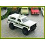 Miniatura Automóvel Chevy Blazer 4x4 Esc1/64 Matchbox