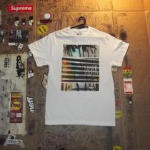 Camiseta Quiksilver Cor Branca Importada Dos Eua No Brasil