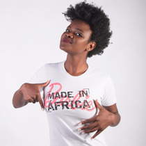 Camiseta Barbie Africana - Moda Afro