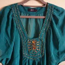 Blusa Bata Chiffon Verde Com Bordados Dourados Tam 38/42