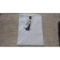 Camiseta Hering Masculina Manga Curta Gola V