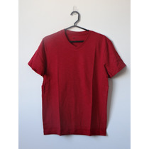 Camiseta Masc. Em Algodão Flamê Com Gola V - Hering