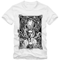 Camiseta H P Lovecraft