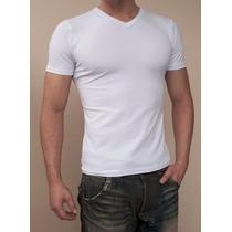 Camiseta Básica V Modelagem Ajustada Hering Original-clique+