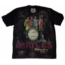 Camiseta Premium The Beatles Sgt. Peppers Stamp