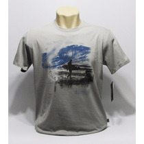 Camiseta Oakley Looking Forward S S Tee Slim Fit Original!