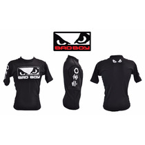 Rash Guard Bad Boy Pro Series Preta Manga Curta