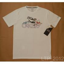 Camiseta Oakley Hydrolix - Tamanho P - Regular Fit- Original