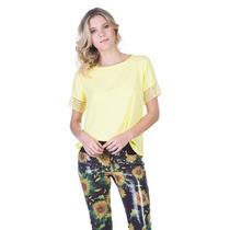 Blusa T-shirt Lança Perfume Detalhe Renda Temos Morena Rosa