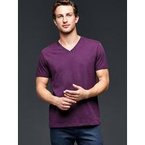 Camiseta Gap Essential V-neck (gola V) Importada