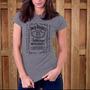 Camiseta Feminina Jack Daniels, Idêntica Ao Rótulo Do Whisky