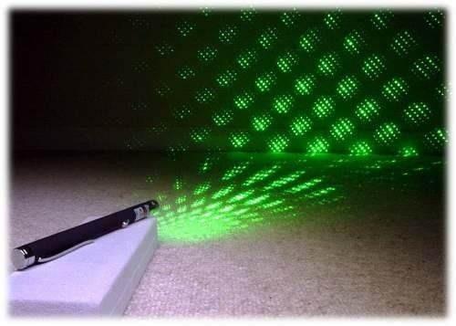 Caneta Laser Pointer Lanterna Verde Green 500mw Alcança 6km