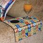 Bandeja Flexível Para Braço De Sofá Com Porta Copo Ladrilhos