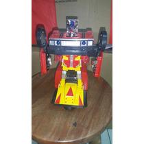 Brinquedo Jeep Transformer. Carro Transformers