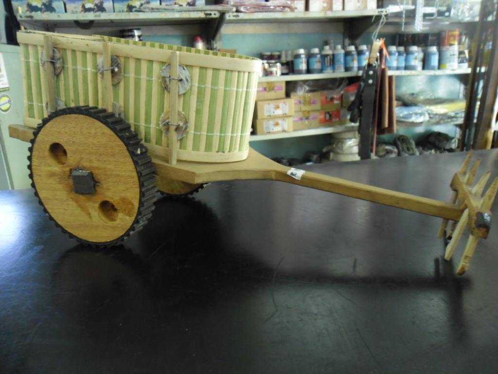 Carroça Charrete De Madeira Decoração R$ 98 90 no MercadoLivre #614B26 1024x768