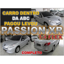 Peugeot 207 1.4 Xr Passion Sport Ano 2013 - Financio Facil