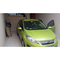 Ford New Fiesta Sedan 1.6