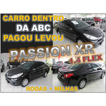 207 Sedan 1.4 Xr Passion Ano 2010 - Financio Sem Burocracia