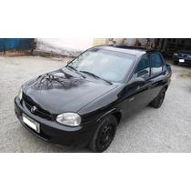 Gm Corsa Classic Sedan 2005 / 2006 1.0 Vhc Gasolina 4 Portas